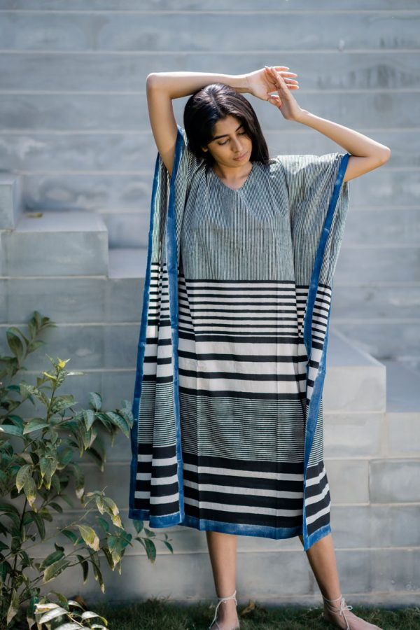 Kaftan Dress – Black Stripe Gradation