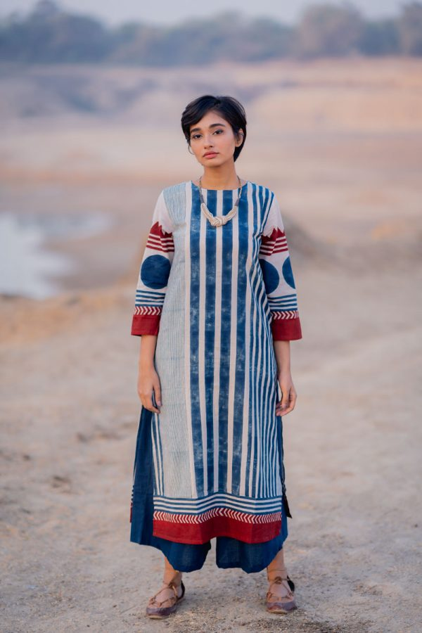 Everyday Kurta – Indigo Stripe Gradation