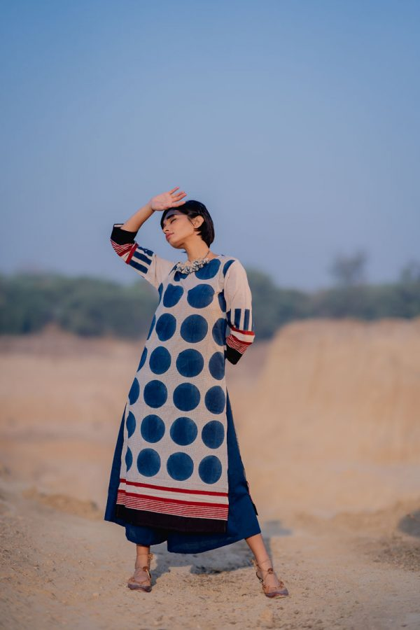 Everyday Kurta – Indigo Circles & Dots