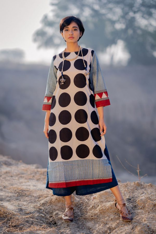 Everyday Kurta – Black Circles