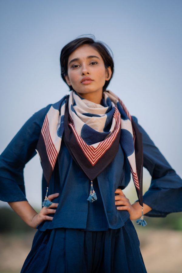 Cotton Scarf – Indigo Circles